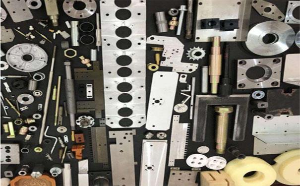 图3-机械加工零件